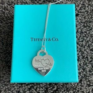 Return To Tiffany Heart Necklace